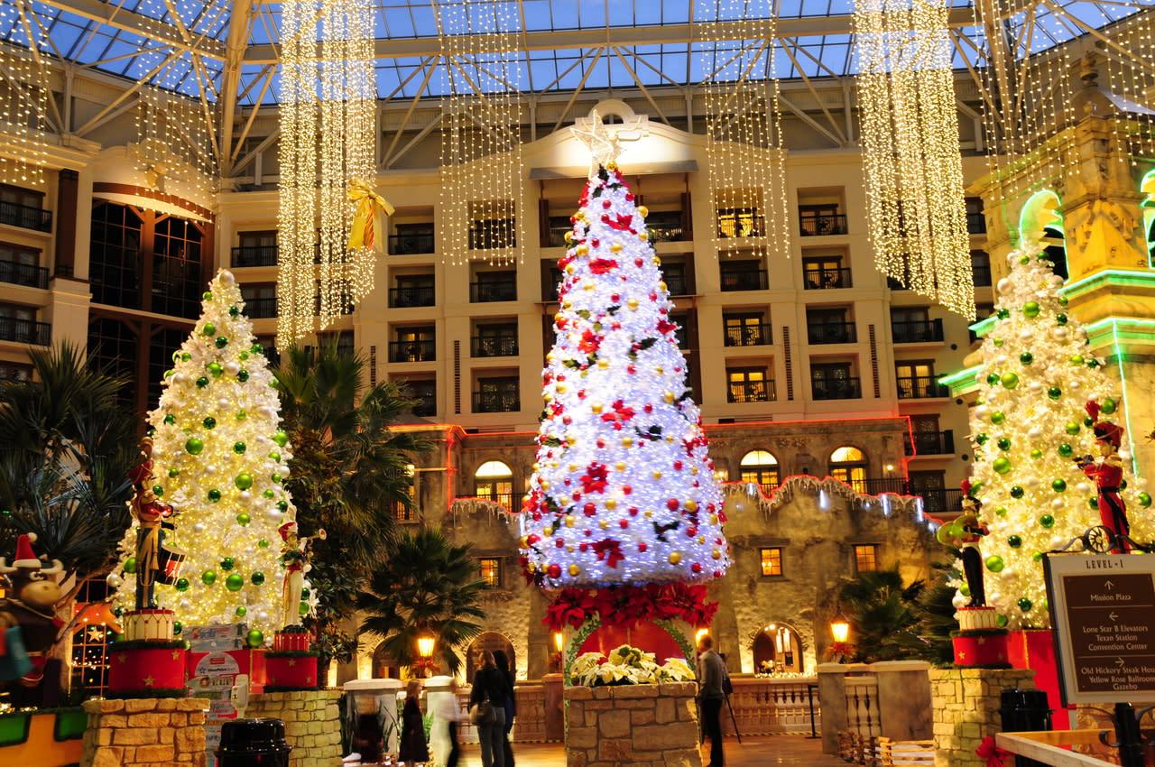 Grapevine Texas Christmas Day 2020 Gaylord Texan Resort