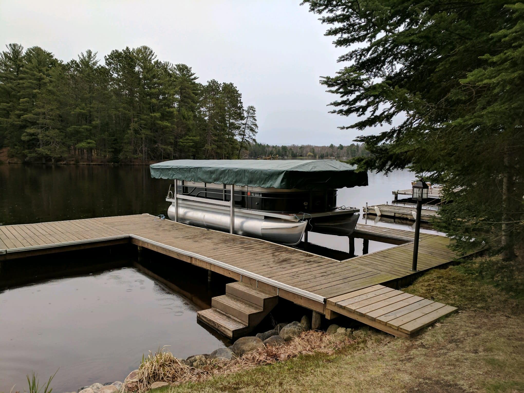 Lifts & Docks