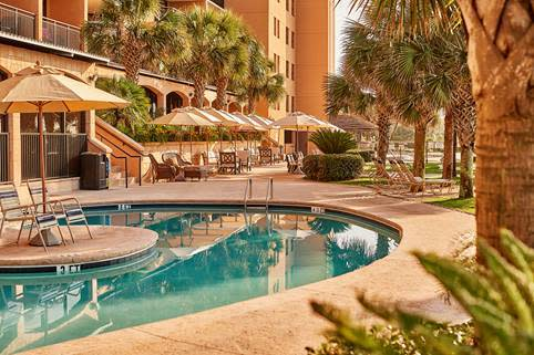Fall into Fun! 20% OFF 1 + 3 Bedroom Suites