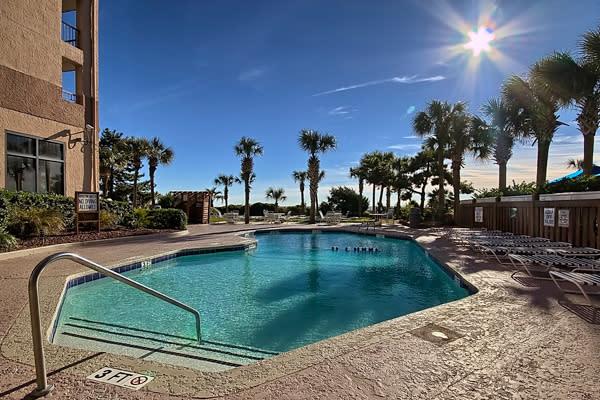 Beach Colony Resort - Girlfriend Getaway Deal!