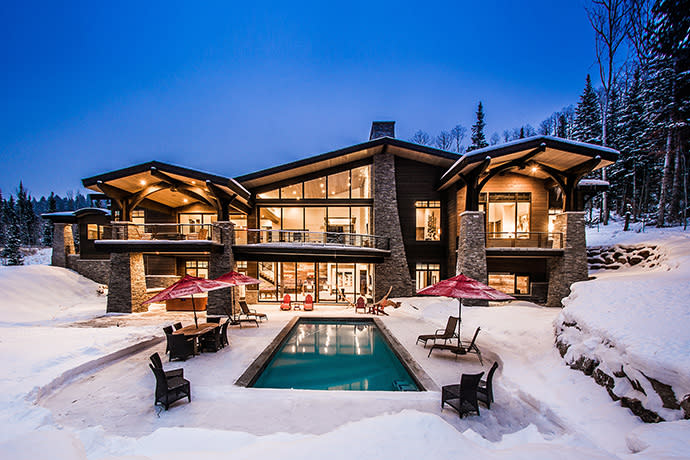 Alpine Sanctuary, A Luxury Vacation Rental Located In The Colony