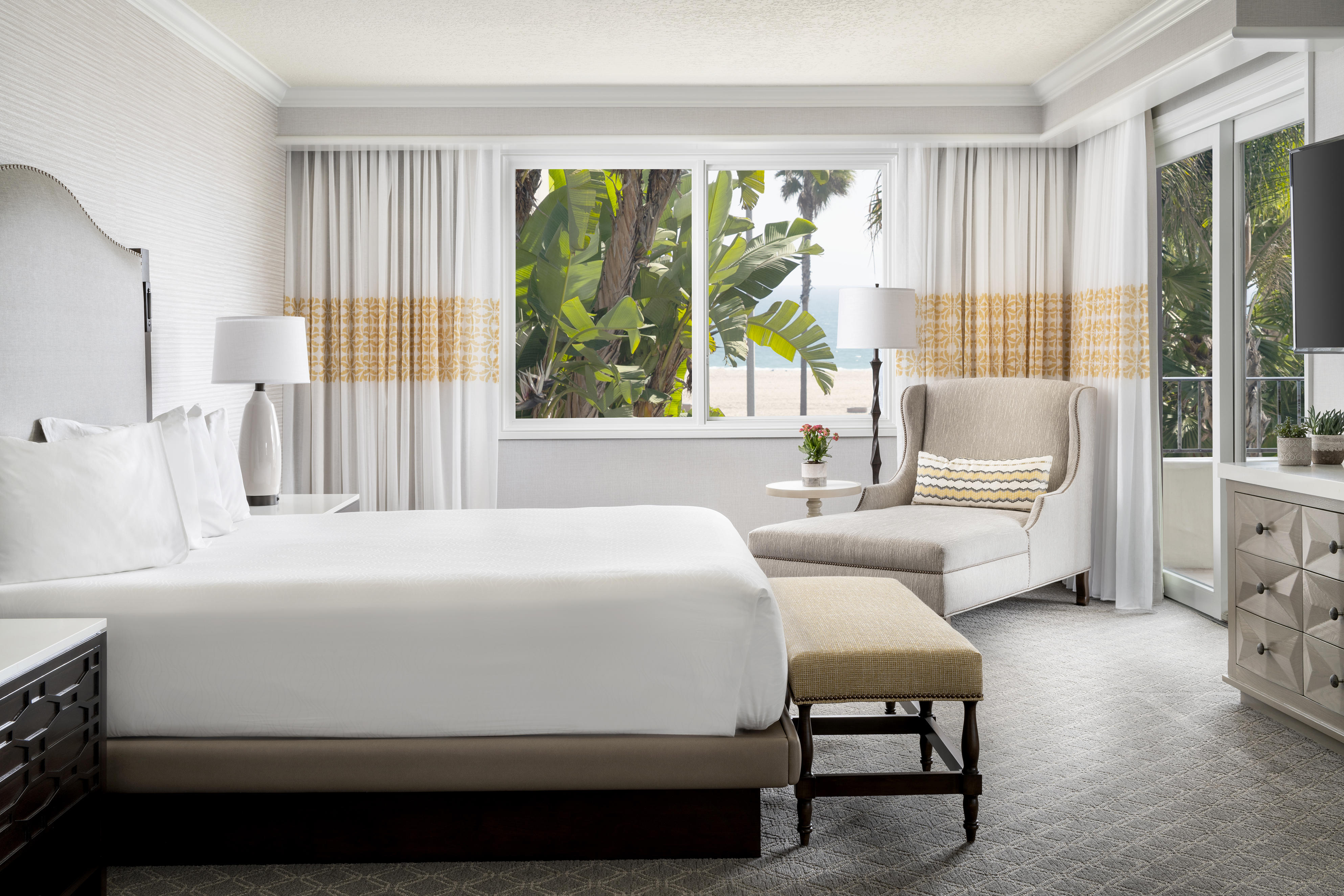 Hyatt Regency Huntington Beach Resort Spa