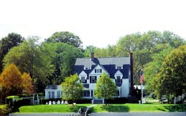 Harbor Knoll Bed and Breakfast
