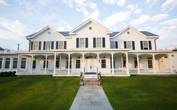 Quogue Club at Hallock House, The