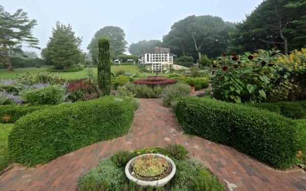 Bridge Gardens