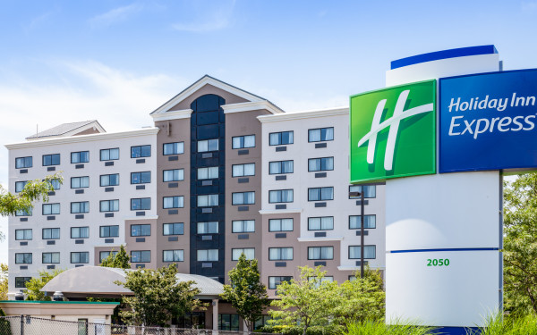 Holiday Inn Express – Hauppauge