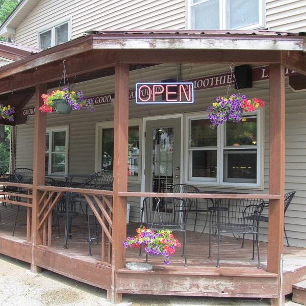 Bass-Creek-Cafe-Grill-Exterior-c651c3035056a36_c651c459-5056-a36a-070a7150ce7df9e1.jpg
