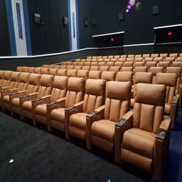 Classic-Cinemas-Beloit-b528e5865056a36_b528e67b-5056-a36a-071d6f4c1eb83b84.jpg