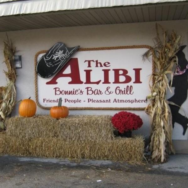 The-Alibi-Bar-Grill-6c9be0ca5056a36_6c9be19c-5056-a36a-074cd943ad60d2da.jpg
