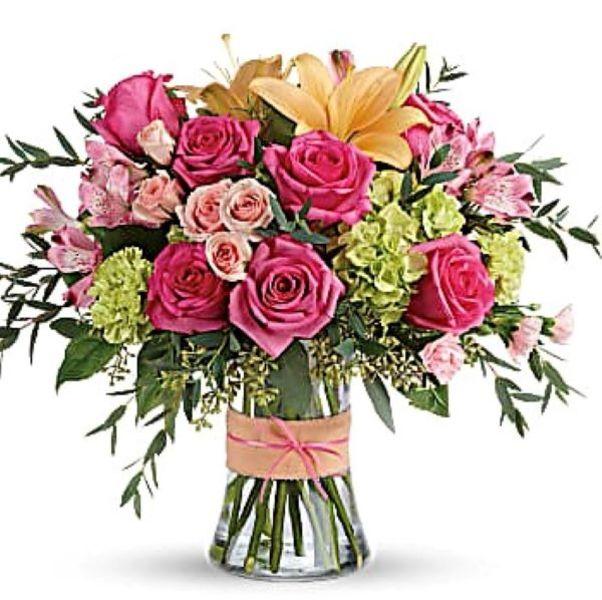 nyriesflowershop0-0d1185a75056a36_0d1186c5-5056-a36a-0709d8aa5fd9e596.jpg