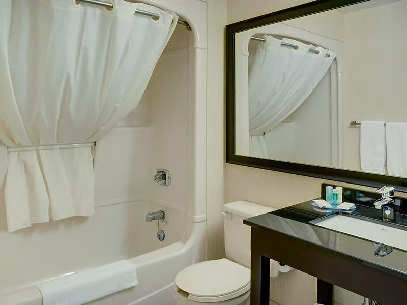 Guest Bathroom, Photo:  TI Sheffield