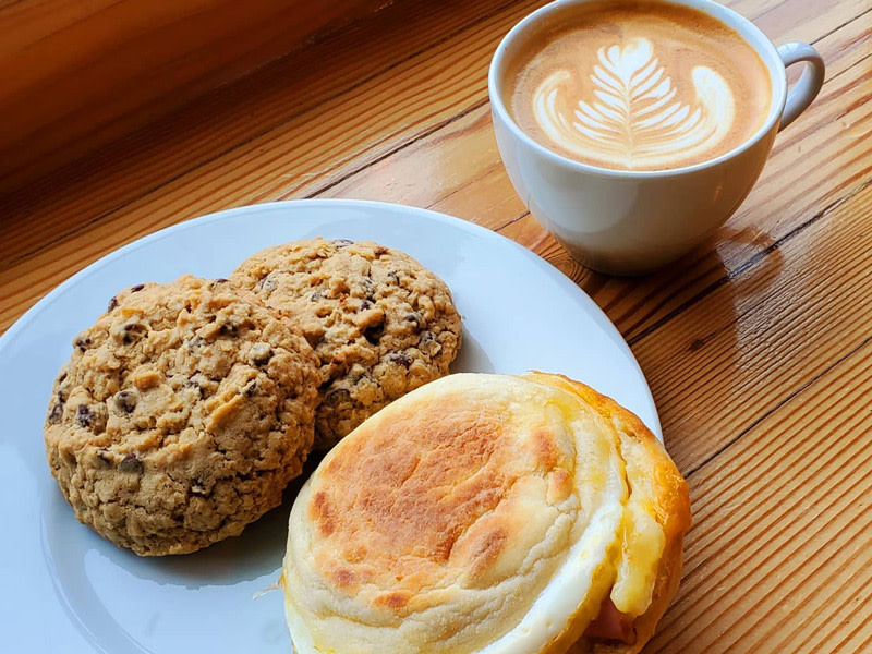 Oatmeal-Chocolate-Chip-Breakfast-Sandwich-Cappuccino-Photo-by-Colosimo-Coffee-Roaster