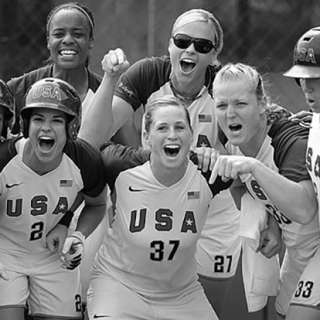 usa softball ladies