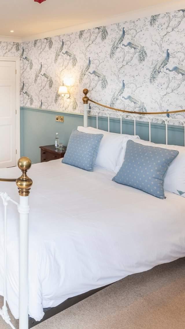 Double bedroom at Mortons Manor, Corfe Castle