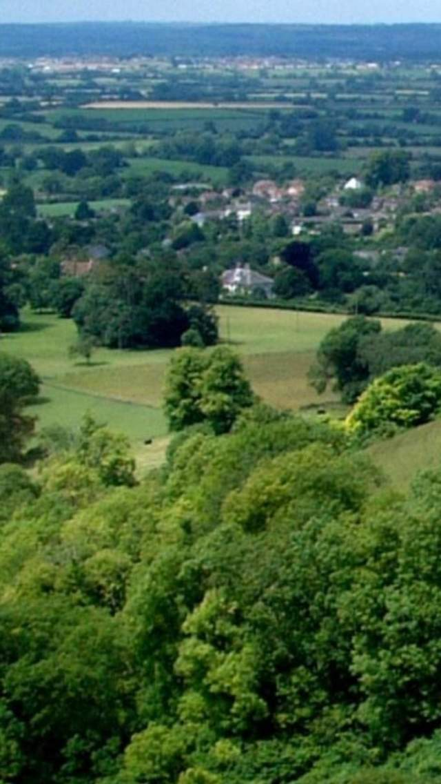 Explore the hillfort at Hambledon Hill