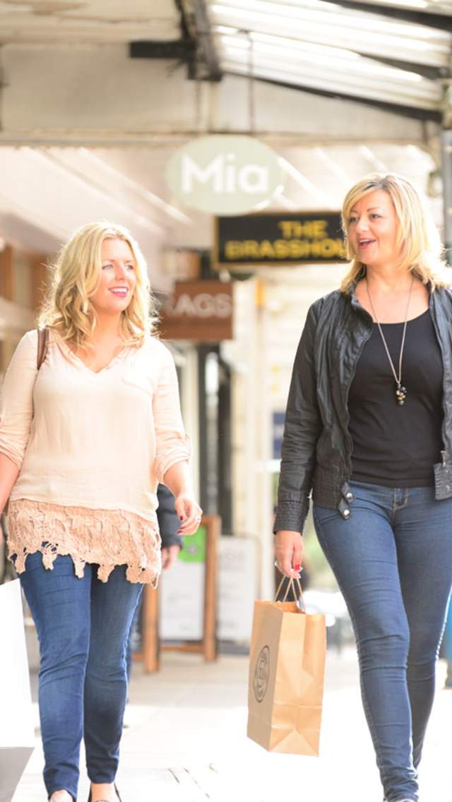 Two people shopping in Bournemouth