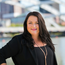 Erin Kivel 2019 Headshot