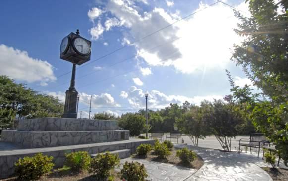 D'Iberville Town Clock