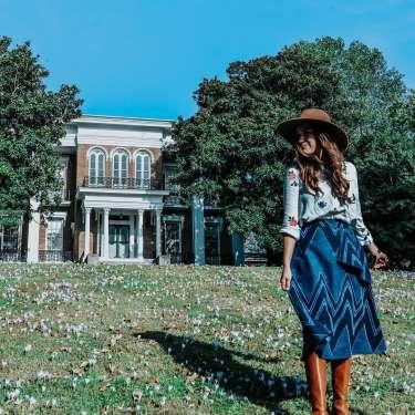 travel writer at Smith Trahern Mansion