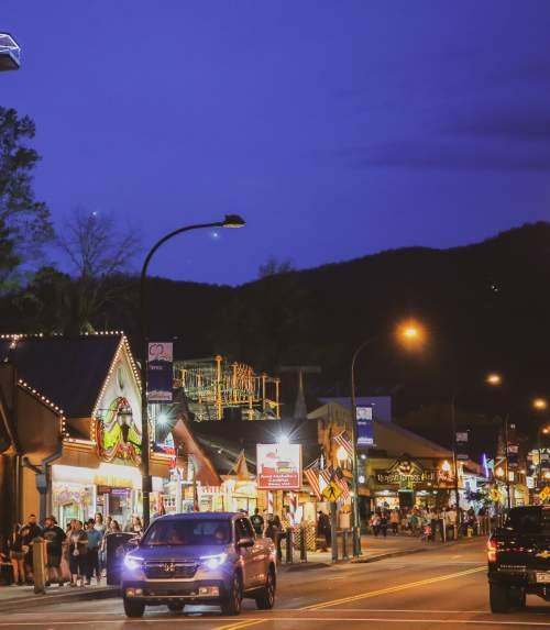 Gatlinburg Calendar Of Events 2022.Gatlinburg Events Festivals Parades Seasonal Activities