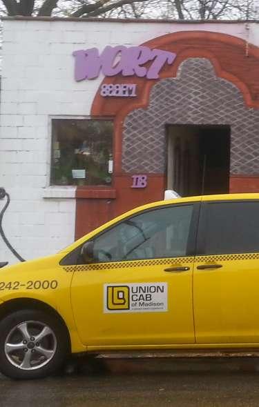 Taxi & Limo