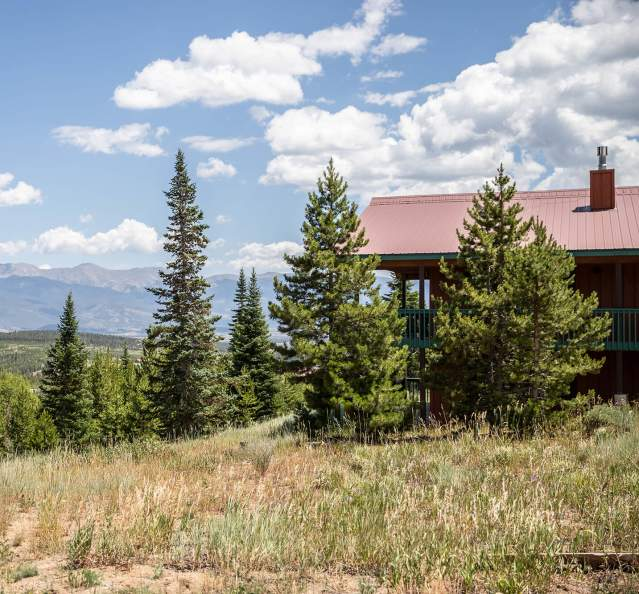 Cabin overlooking the mountains at Snow Mountain Ranch