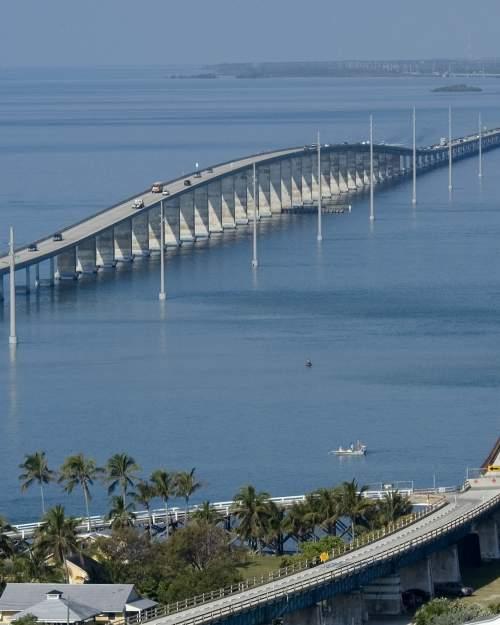 Florida seven mile bridge marathon