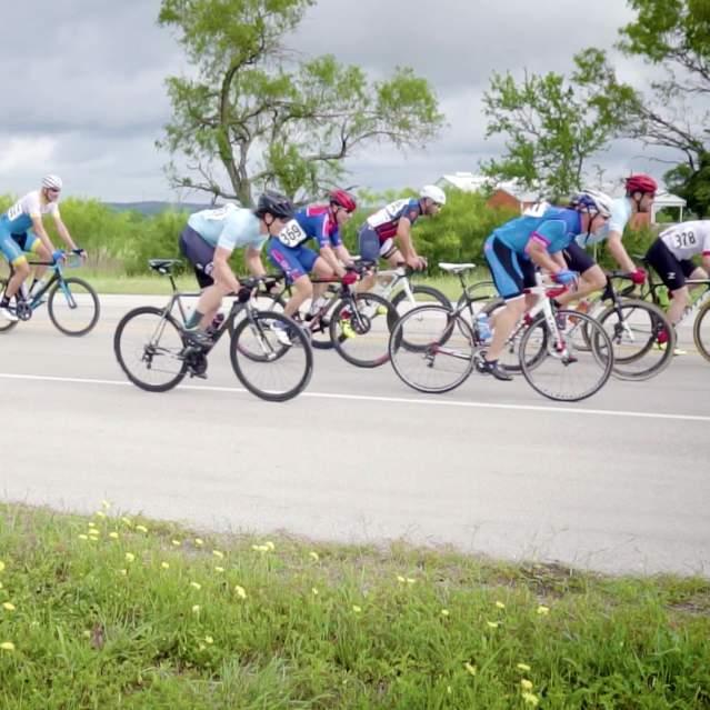 Dozen bikecycles in street race