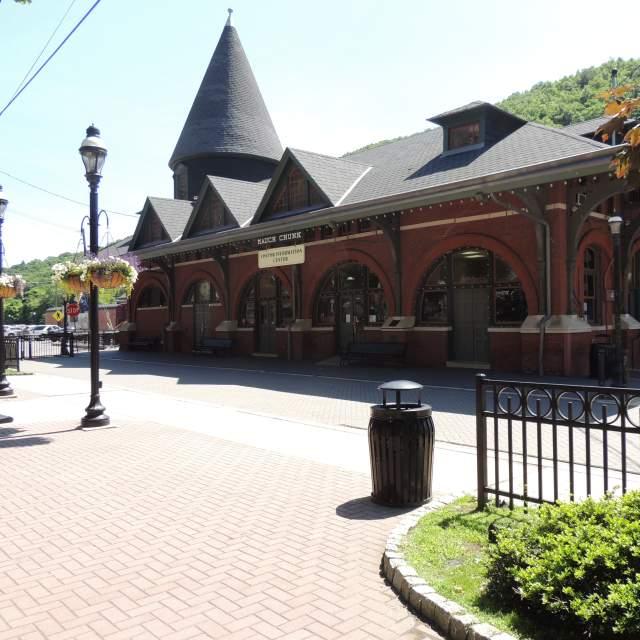 Grab Some Pocono Info at the Jim Thorpe Visitors Center