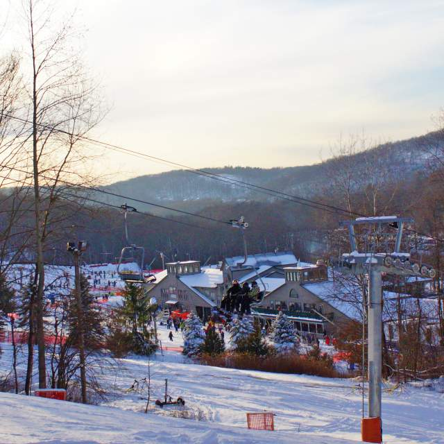 Save big on skiing this season in the Poconos