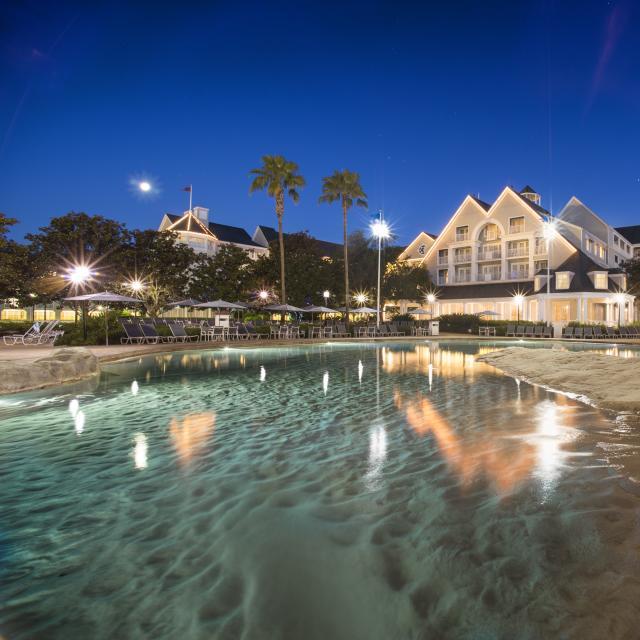 Disney's Yacht Club Resort hotel exterior