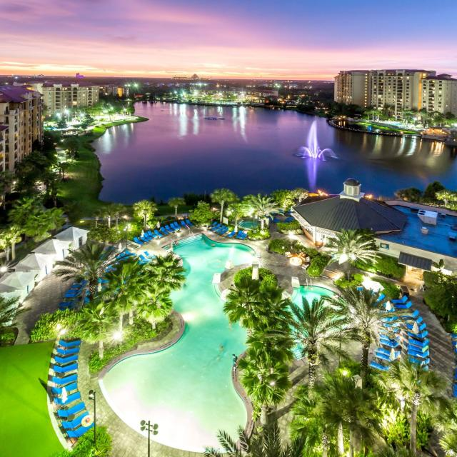Wyndham Grand Orlando Resort Bonnet Creek pool overview