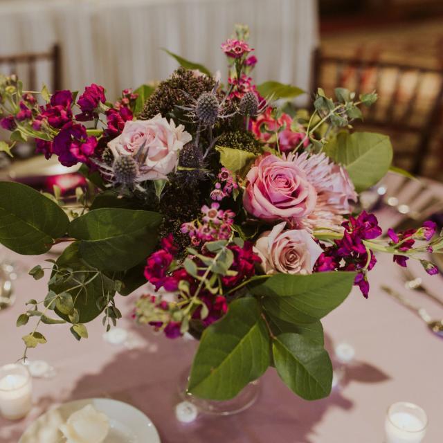 Bluegrass Chic Floral Design  centerpiece