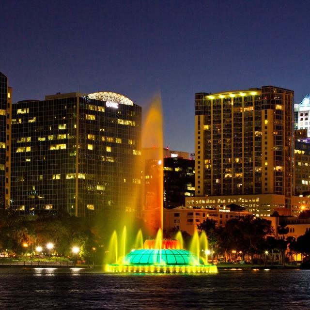fountain at Lake Eola in downtown Orlando at night