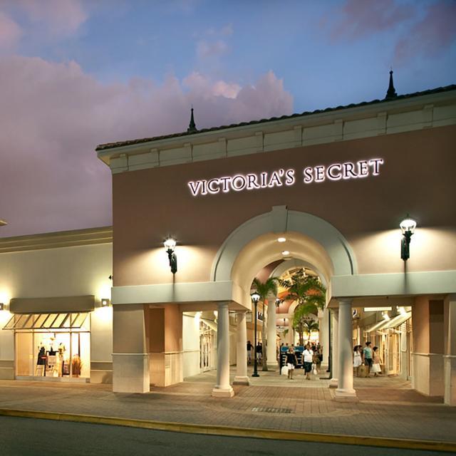 Orlando International Premium Outlets® Victoria's Secret and Polo Ralph Lauren