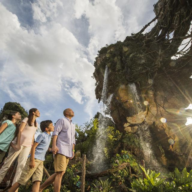 A family admiring the scenery at Pandora – The World of Avatar in Disney's Animal Kingdom Theme Park