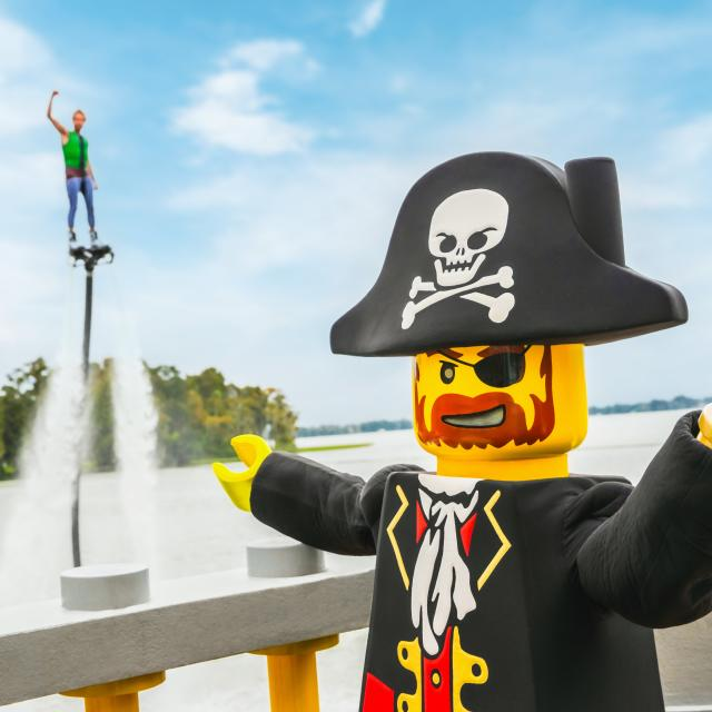 Brickbeard Stunt Show at Pirates' Cove in LEGOLAND® Florida Resort
