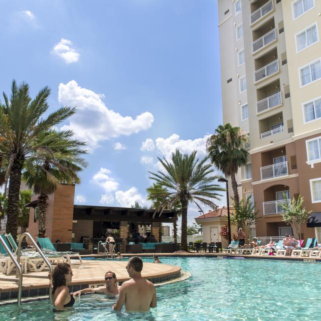 Point Orlando Hotel & Suites people in pool