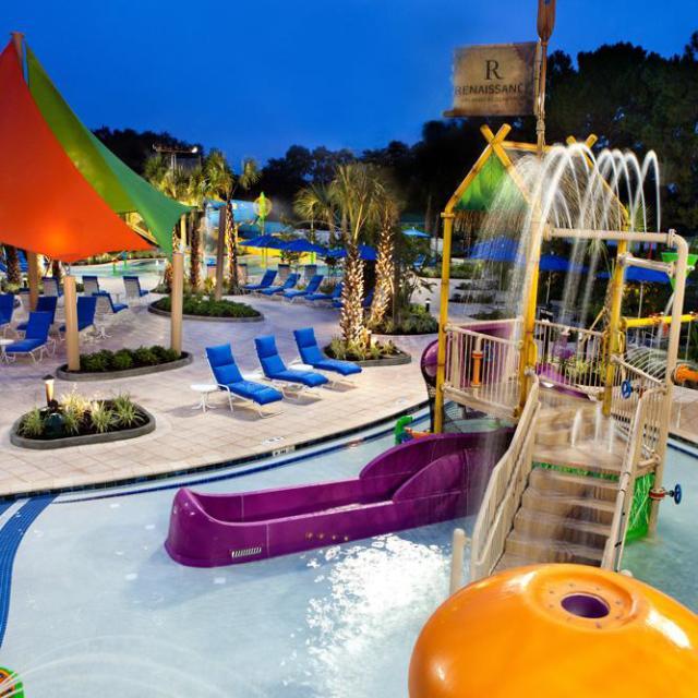 Renaissance Orlando at SeaWorld hotel swimming pool