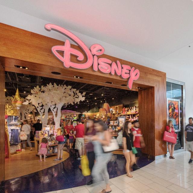 The Florida Mall Disney entrance