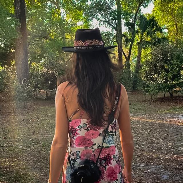 2021 Influencer Nakiesa Faraji-Tajrishi at Mead Gardens in Winter Park