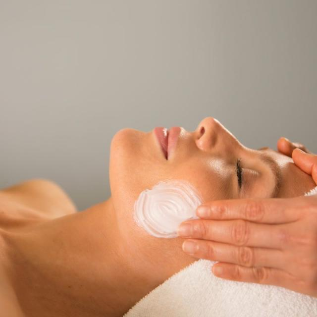 Waldorf Astoria® Spa facial