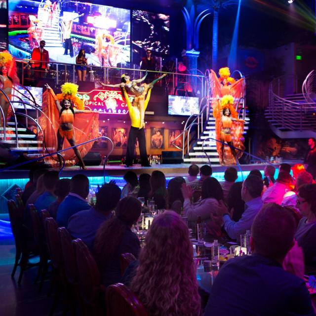 Mango's Tropical Cafe Orlando view of audience and dance show