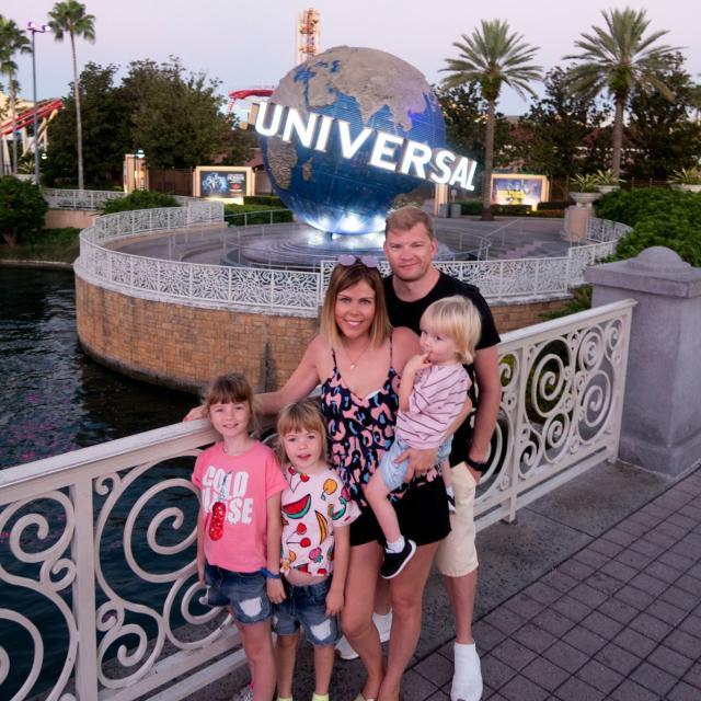 Influencer Katie Ellison and her family visit Universal Orlando Resort