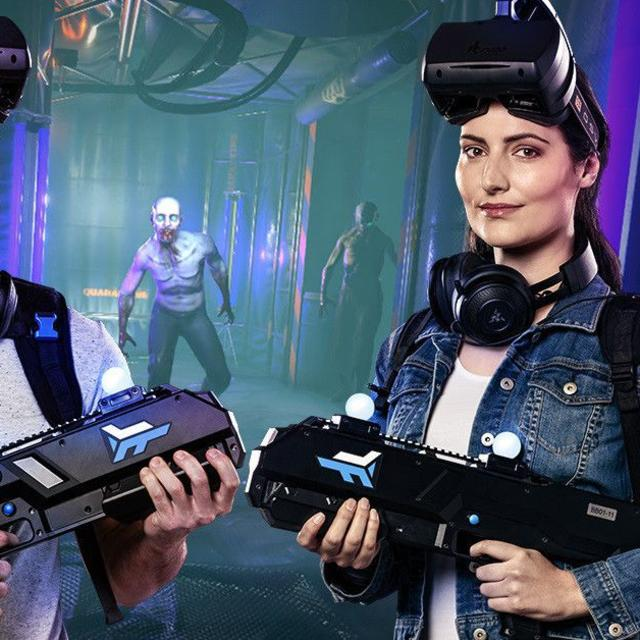 Players of Outbreak Origins, a Virtual Reality Game at Main Event