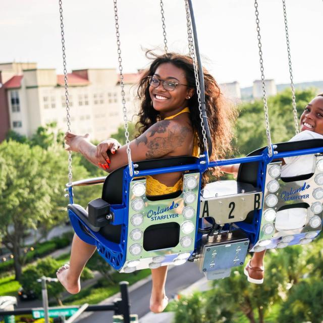 Orlando StarFlyer family smiles