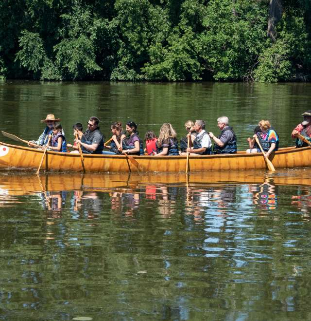 Millers Bay Canoe