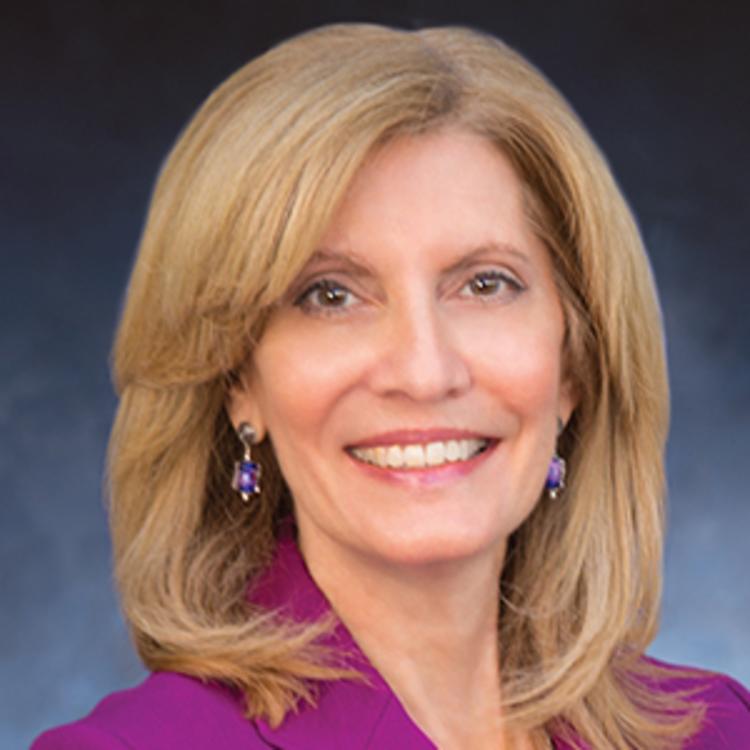 Headshot for 2021 Visit Orlando Board of Director Roseann Harrington