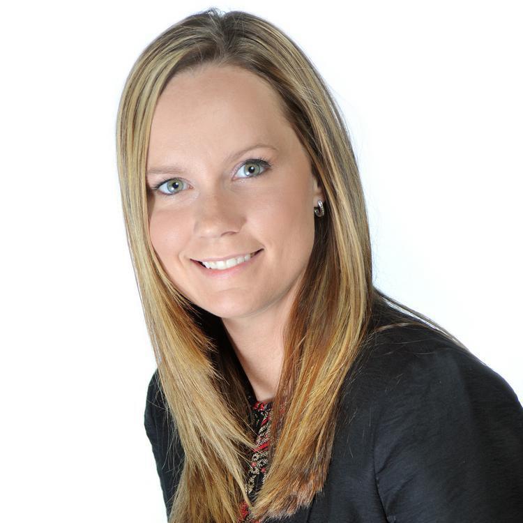 Headshot for  2021 Visit Orlando Board of Director Donna Dyson