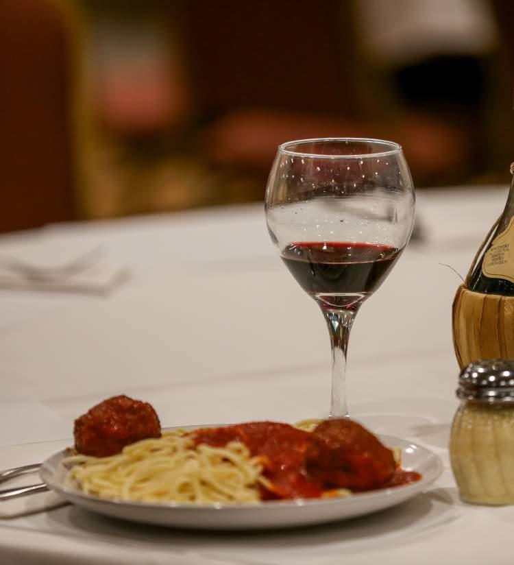 Casa Capri - Pasta & Wine
